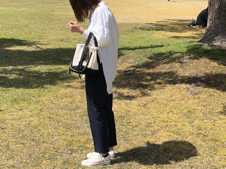 <春の服>白シャツ好きのシンプルコーデ